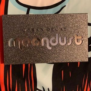 Urban Decay Makeup - Urban decay moon dust pallet